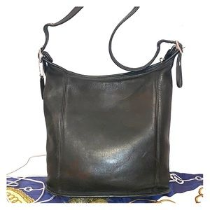 Vintage Coach Shoulder Bucket Bag #9060